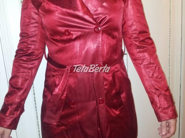 edb8965d3 Červený lesklý kabát, foto 1 Móda, krása a zdravie, Oblečenie | Tetaberta.