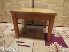 Predám stolček pod kvety.  , Dom a záhrada, Stoly, pulty a stoličky  | Tetaberta.sk - bazár, inzercia zadarmo