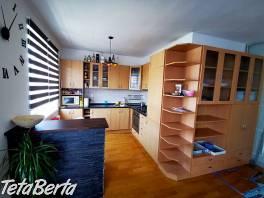 Predaj 2 izbový byt, Vážska ul., Vrakuňa, parkovacie státie , Reality, Byty  | Tetaberta.sk - bazár, inzercia zadarmo