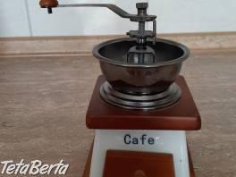 Predám mlynček na kávu , Dom a záhrada, Záhradný nábytok, dekorácie  | Tetaberta.sk - bazár, inzercia zadarmo