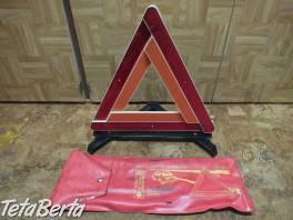 Predám výstražný trojuholník zo starého auta. Predám tento výstražný trojuholník v zachovalom stave a v originálnom obale. , Náhradné diely a príslušenstvo, Dodávky a nákladné autá  | Tetaberta.sk - bazár, inzercia zadarmo
