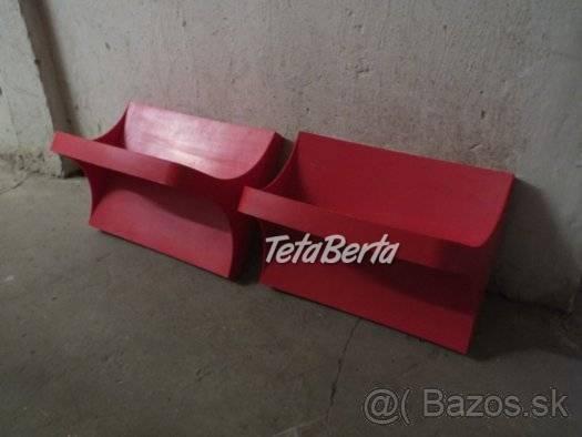 Predám červené plastové poličky. 1ks-4€., foto 1 Dom a záhrada, Nábytok, police, skrine | Tetaberta.sk - bazár, inzercia zadarmo