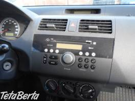 autorádio + CD na suzuki swift r. v.2008