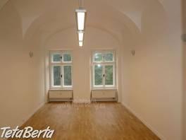 Kancelária po kompletnej rekonštrukcii , Reality, Kancelárie a obch. priestory    Tetaberta.sk - bazár, inzercia zadarmo