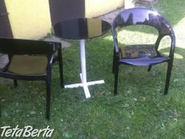 Konferenční stolek + 2 stoličky , Dom a záhrada, Stoly, pulty a stoličky  | Tetaberta.sk - bazár, inzercia zadarmo