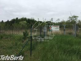 PREDAJ: pozemok s výmerou 583 m2, Bratislava IV, Devínske jazero , Reality, Pozemky  | Tetaberta.sk - bazár, inzercia zadarmo