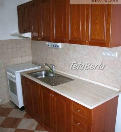 Ponúkame na predaj 3 - izbový byt s veľkou loggiou ul. Kadnárova, Rača - Krasňany, Bratislava III., foto 1 Reality, Byty   Tetaberta.sk - bazár, inzercia zadarmo