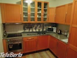 RK-GRAFT ponúka 2-izb. byt Bebravská ul. - Vrakuňa s Garážou
