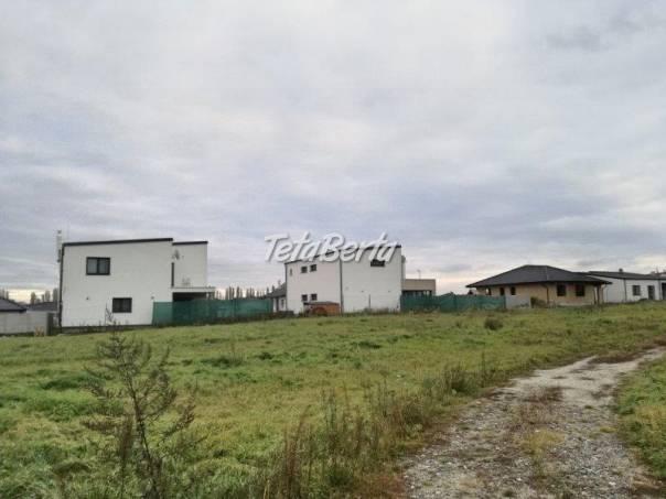 Pozemky na výstavbu RD v obci Kostolište, výmera od 400 m2, foto 1 Reality, Pozemky | Tetaberta.sk - bazár, inzercia zadarmo