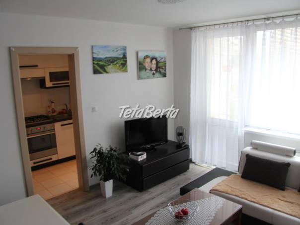 1 izb.byt ul.Palárikova, 36 m2 + loggia, 6/12 poschodí,kompletná rekonštrukcia, OV, foto 1 Reality, Byty | Tetaberta.sk - bazár, inzercia zadarmo