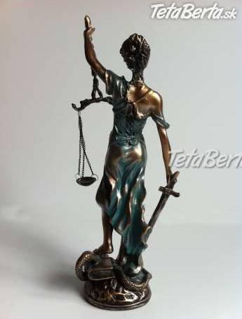 Soška bohyne spravodlivosti