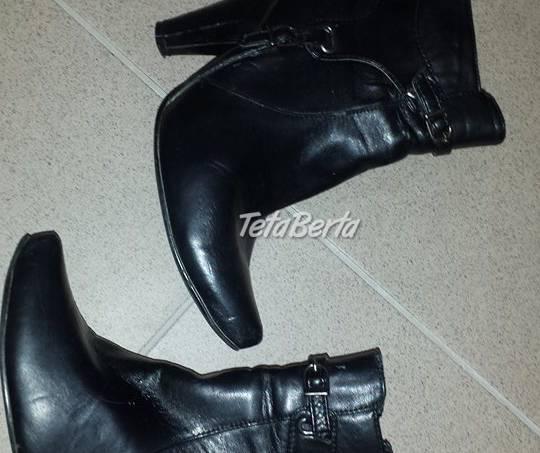Kotníkové čierne v.38 sú asi 5x obuté, zvnútra teplá látka, , foto 1 Móda, krása a zdravie, Obuv | Tetaberta.sk - bazár, inzercia zadarmo
