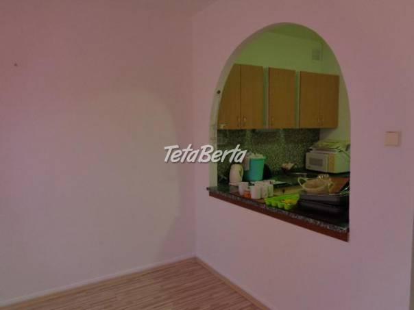 Slnečný byt v centre mesta - nízke mesačné náklady!, foto 1 Reality, Byty | Tetaberta.sk - bazár, inzercia zadarmo