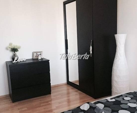Prenájom 3-izb. bytu na Palkovičovej ulici., foto 1 Reality, Byty | Tetaberta.sk - bazár, inzercia zadarmo