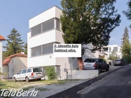 Prenájom slnečného 3 izbového bytu pod Slavínom s výhľadom na Hrad, Ulica Šulekova.