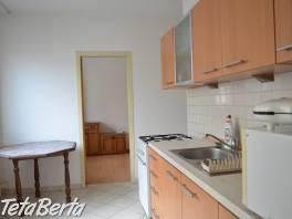 Prenájom 3 izbový byt, ulica Medveďovej, Bratislava V. Petržalka
