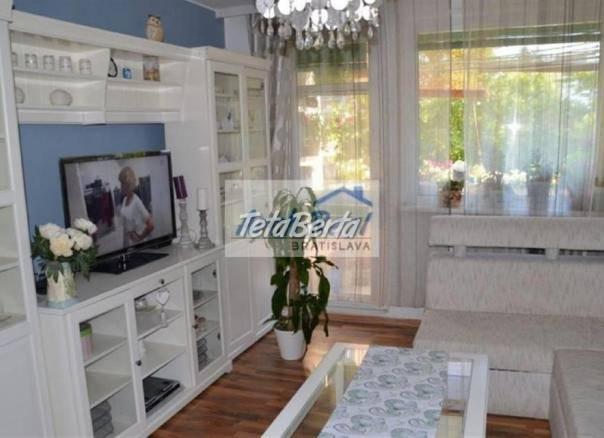 Ponúkame na predaj pekný 3 - izbový byt, ul. Gelnická, Rača – Záhumenice, Bratislava III. Kompletná rekonštrukcia., foto 1 Reality, Byty | Tetaberta.sk - bazár, inzercia zadarmo