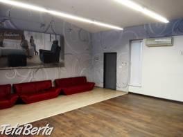 ** RK BOREAL ** Prenájom obchodných priestorov 95 m2, Podunajské Biskupice - Kazanská ulica
