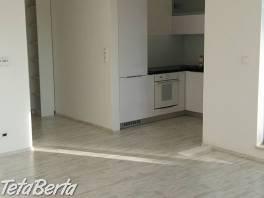 Ponúkame Vám na prenájom veľko-metrážny 3 izbový byt v novostavbe MANHATTAN na Račianskej ul. v Bratislave, 2x veľká loggia, 102m2