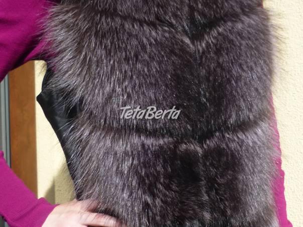 46b13f4773 Luxusná dámska kožušinová vesta z mývala.