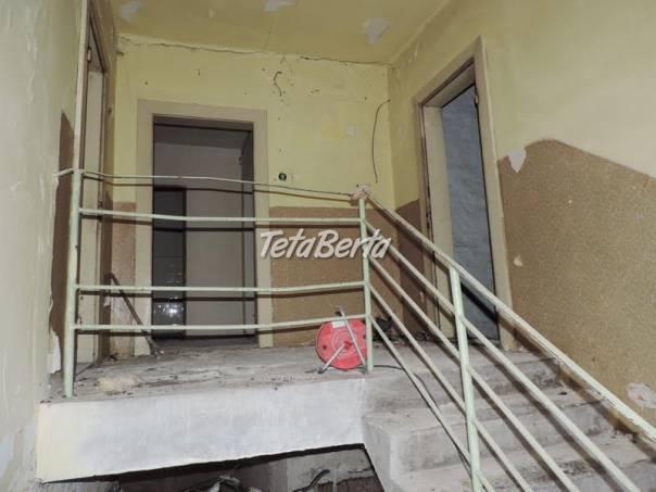 RE01021003 Dom / Obytný dom (Predaj), foto 1 Reality, Domy | Tetaberta.sk - bazár, inzercia zadarmo