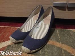 Predáme dámske topánky od F&F,tmavomodré. , Móda, krása a zdravie, Obuv  | Tetaberta.sk - bazár, inzercia zadarmo