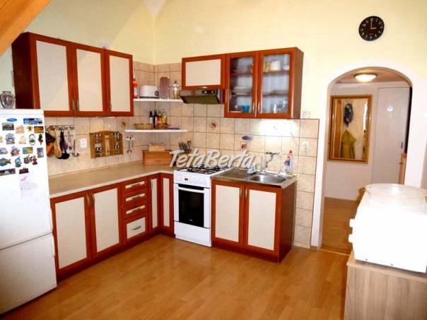 Predaj 4 izbový byt, Prostredná ulica, Svätý Jur, predzáhradka, foto 1 Reality, Byty   Tetaberta.sk - bazár, inzercia zadarmo