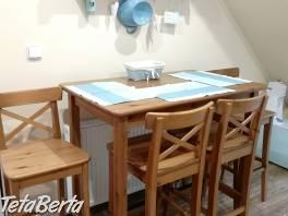 Barová jedálenská súprava IKEA , Dom a záhrada, Stoly, pulty a stoličky    Tetaberta.sk - bazár, inzercia zadarmo