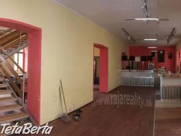 Obchodný priestor  365 m2