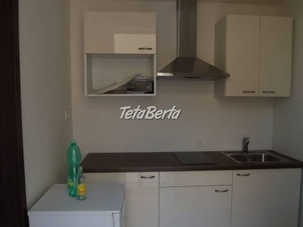Ponúkame na prenájom 1 izbový byt s veľkou terasou na Lazaretskej ul. v centre Starého , foto 1 Reality, Byty   Tetaberta.sk - bazár, inzercia zadarmo