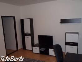Prenájom pekný 2 izbový byt, Košická ulica, Bratislava II. Ružinov