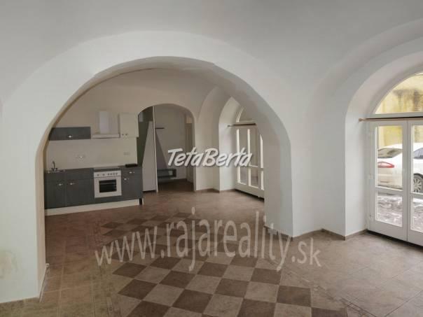 Kancelária na Kováčskej ulici, foto 1 Reality, Kancelárie a obch. priestory | Tetaberta.sk - bazár, inzercia zadarmo