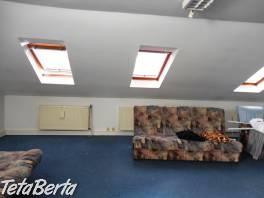 ** RK BOREAL ** Rodinný dom vo výbornej lokalite BA II - Ružinov, so skladovým priestorom 70 m2.