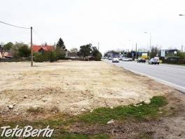 Predaj pozemok Podunajské Biskupice, 824 m2, ul. Svornosti, hlavný ťah