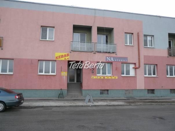 Predám nebytový priestor na Železničnej 4 v Hlohovci. Vhodné na reštauráciu/kaviareň/ herňu.  , foto 1 Reality, Kancelárie a obch. priestory | Tetaberta.sk - bazár, inzercia zadarmo