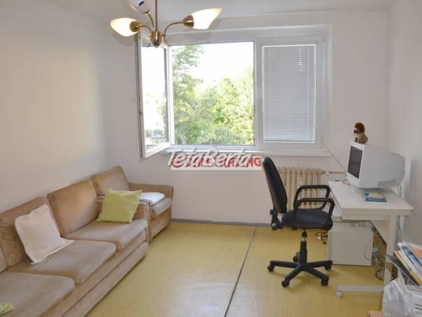 2 izbový byt, samostatné izby, zateplený dom – BEBRAVSKÁ ULICA, VRAKUŇA, foto 1 Reality, Byty | Tetaberta.sk - bazár, inzercia zadarmo