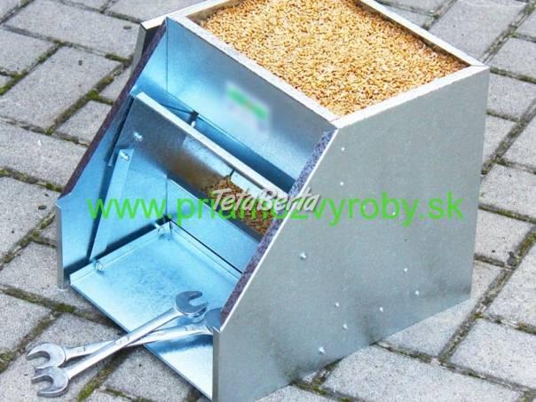 Krmitko hydina naslapne 11-litrove, foto 1 Zvieratá, Hospodárske zvieratá   Tetaberta.sk - bazár, inzercia zadarmo