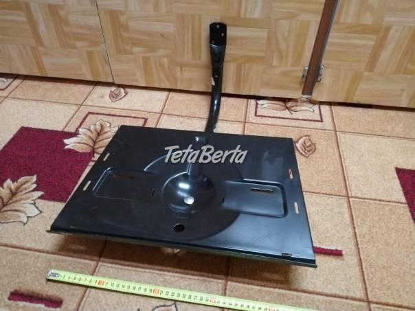 Predám otočný držiak TV na stenu. , foto 1 Elektro, Zvukové a grafické karty | Tetaberta.sk - bazár, inzercia zadarmo