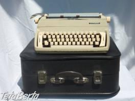 Kufríkový písací stroj Consul