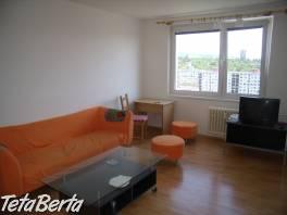 Veľký, slnečný 2 izbový byt, Gabčíkova ul. Bratislava IV. Karlova Ves