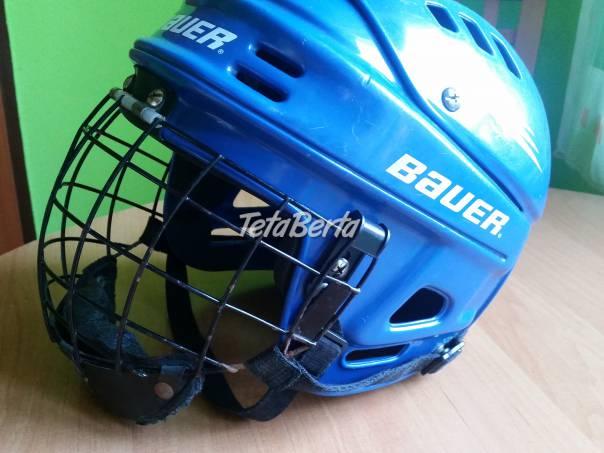 Predam hokejovu prilbu,a mriežku, foto 1 Hobby, voľný čas, Šport a cestovanie   Tetaberta.sk - bazár, inzercia zadarmo