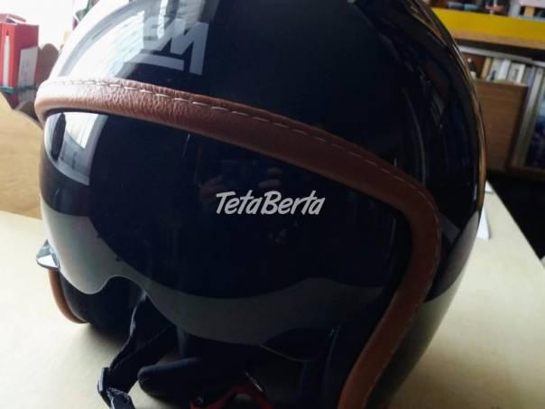 Prilba na motorku, foto 1 Auto-moto, Motocykle a Štvorkolky | Tetaberta.sk - bazár, inzercia zadarmo