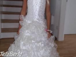 Krásne nové lesklé dievčenské šaty s trblietkami, čipkou a brošňou pre 5-8 rokov, farby biela, ktorá je
