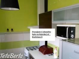 Prenájom 1-izbového bytu v lokalite Bratislava – Vrakuňa, Rajecká ulica, o rozlohe 39 m2. , Reality, Byty    Tetaberta.sk - bazár, inzercia zadarmo