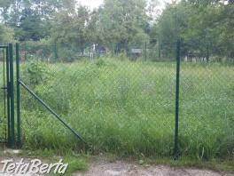 Ponúkame na predaj pozemok v Dúbravke pri Technickom skl , Reality, Pozemky    Tetaberta.sk - bazár, inzercia zadarmo
