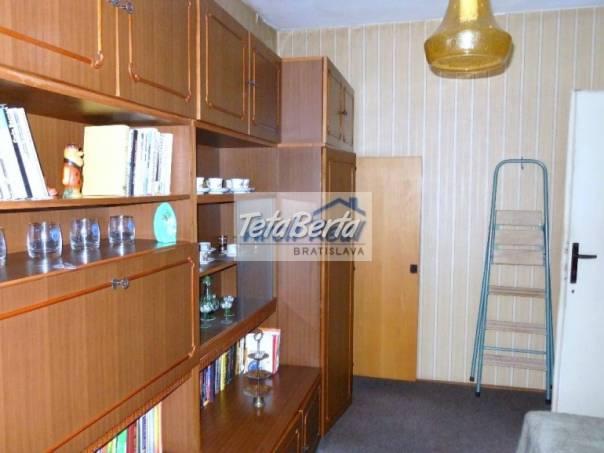 Ponúkame na predaj 3 - izbový byt ul. Banšelova, Ružinov - Trnávka, Bratislava II. Pôvodný stav bytu., foto 1 Reality, Byty | Tetaberta.sk - bazár, inzercia zadarmo