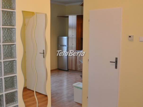 Samostatna izba na Dulovom namesti, foto 1 Reality, Byty | Tetaberta.sk - bazár, inzercia zadarmo