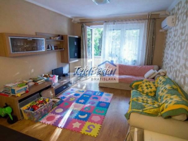 Ponúkame na predaj 3 - izbový (2,5-izb) byt na ul. Priemyselná, Ružinov - Nivy, Bratislava II. Kompletná rekonštrukcia, foto 1 Reality, Byty | Tetaberta.sk - bazár, inzercia zadarmo