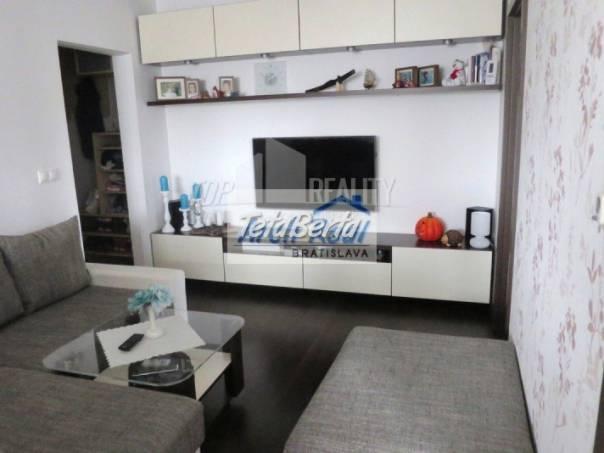 Ponúkame na predaj 3 - izbový byt ul. Sabinovská, Ružinov - Štrkovec, Bratislava II. Kompletná kvalitná moderná rekonštrukcia, , foto 1 Reality, Byty | Tetaberta.sk - bazár, inzercia zadarmo