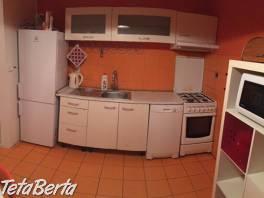 Prenájom pekný 3 izbový byt, Kapicova ulica, Bratislava V. Petržalka